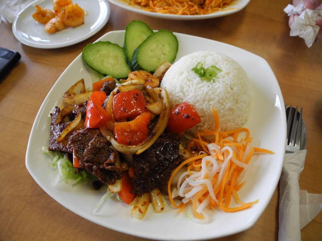 A review of pho dau bo vietnamese restaurant hamilton ontario - Vietnamese cuisine pho ...